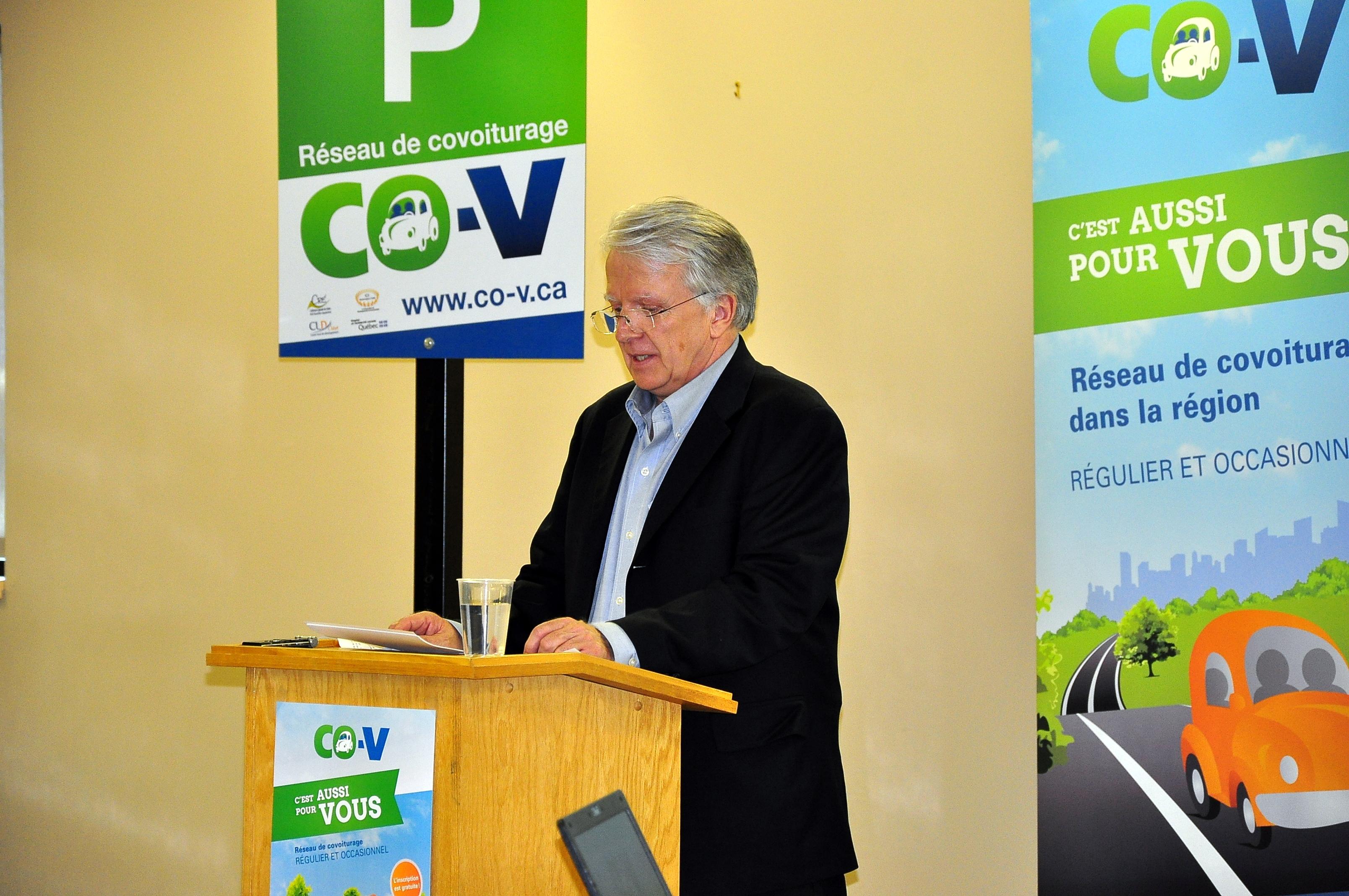 M. Guy Drouin, directeur de la CDC ICI Montmagny-L'Islet, dans une allocution qui a souligné l'efficacité des efforts conjoints entre les différentes instances de la région impliquées dans le projet CO-CV.